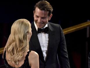 Δε φαντάζεσαι με ποια ηθοποιό φέρεται να έχει σχέση ο Bradley Cooper