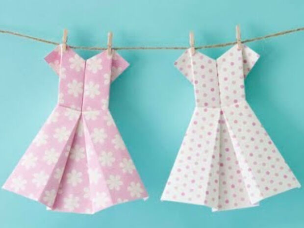 Χειροτεχνίες origami: Δείτε πώς θα φτιάξετε φορέματα από χαρτί σε ένα λεπτό