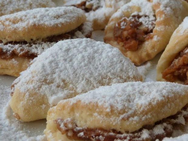 Συνταγή για τραγανά μηλοπιτάκια - Ιδανικό σνακ για την παραλία