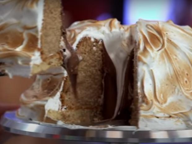 Άκης Πετρετζίκης: Cake Alaska