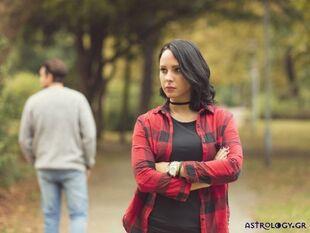 Οι 4 γυναίκες του ζωδιακού που και στο χωρισμό κρατούν το επίπεδό τους
