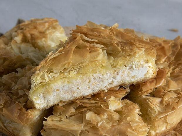 Συνταγή για πατσαβουρόπιτα από τον Άκη Πετρετζίκη