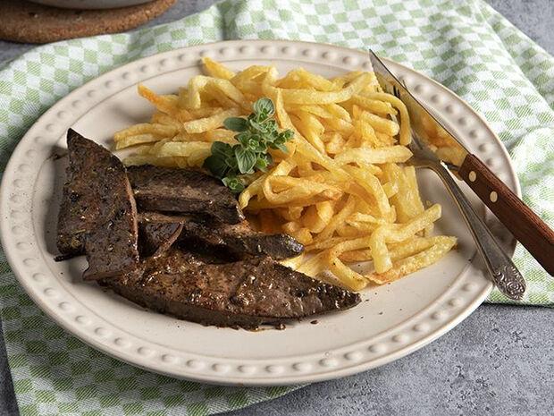 Συνταγή για συκώτι ριγανάτο από τον Άκη Πετρετζίκη