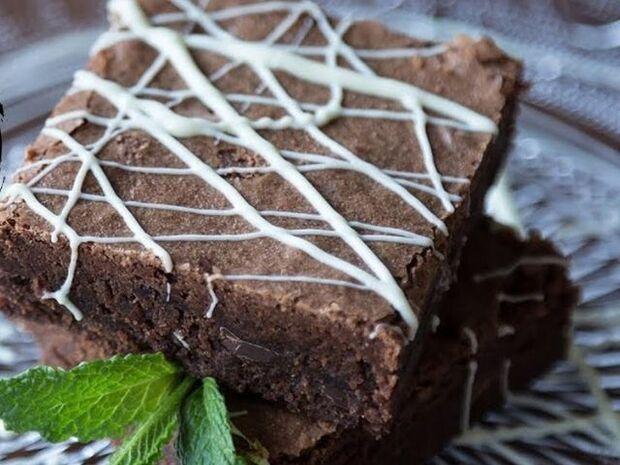 Συνταγή για Brownies από τον Άκη Πετρετζίκη