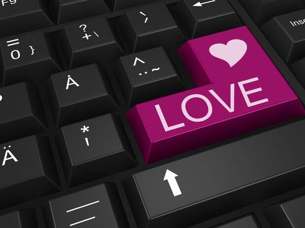Υπηρεσία για ραντεβού τώρα και στο ελληνικό Facebook (pics)
