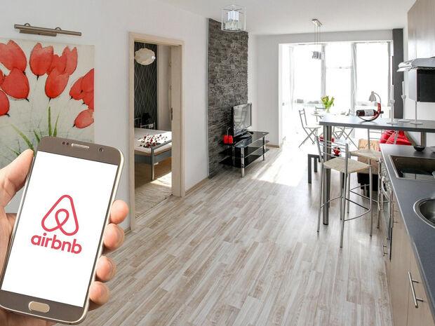 Αυτό είναι το χειρότερο Airbnb του κόσμου (video)