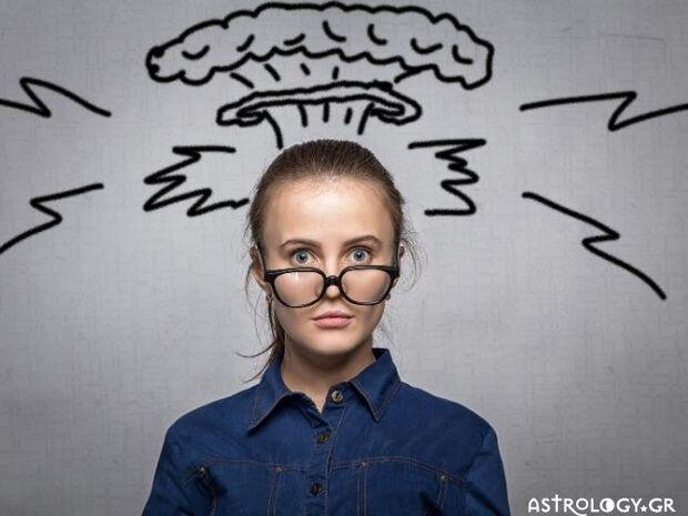 Τα 5 ζώδια με τις πιο απρόβλεπτες συναισθηματικές αντιδράσεις