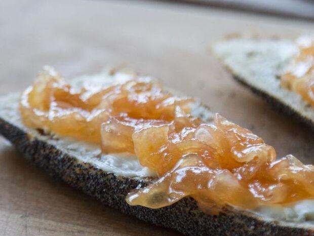 Συνταγή για μαρμελάδα αχλάδι με τζίντζερ από τον Άκη Πετρετζίκη