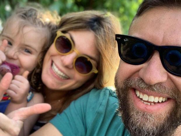 Βαρδής-Σκαφίδα: Η κόρη τους γιορτάζει και ανέβασαν απίθανες φωτογραφίες της