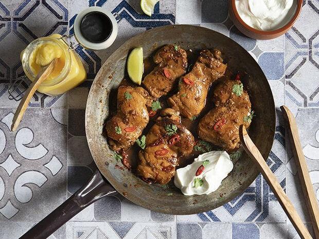 Συνταγή για κοτόπουλο στο τηγάνι με βούτυρο ghee από τον Άκη Πετρετζίκη
