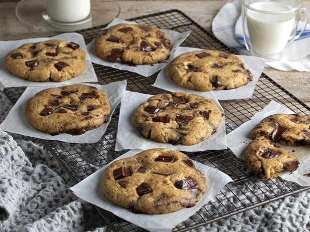 Συνταγή για γρήγορα soft cookies από τον Άκη Πετρετζίκη