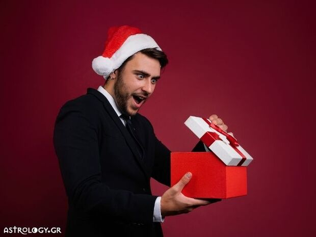 Ζώδια Σήμερα 25/12: Χριστούγεννα γεμάτα εκπλήξεις