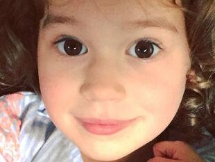 Αριάδνη Ρουβά: Δείτε πόσο έχει αλλάξει η μικρή κόρη του Σάκη & της Κάτιας