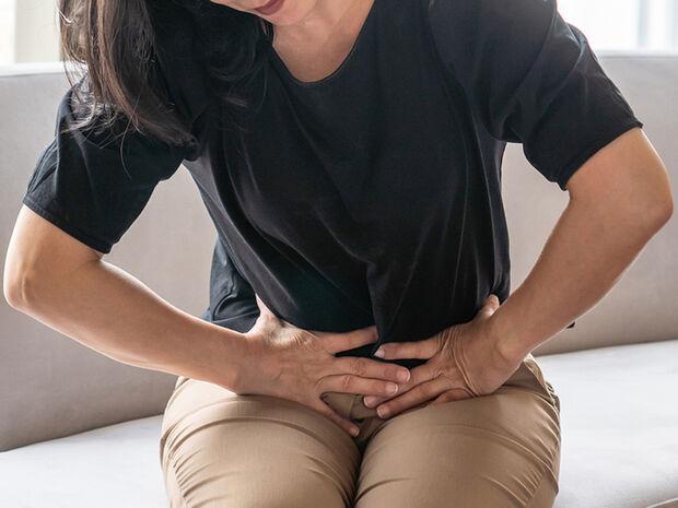 Πολυκυστικές ωοθήκες: Πώς επηρεάζουν το σωματικό βάρος