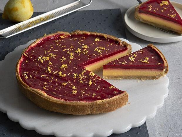 Συνταγή για τάρτα με λεμόνι και raspberries από τον Άκη Πετρετζίκη