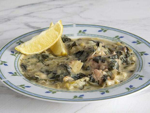Συνταγή για χοιρινό με σέλινο από τον Άκη Πετρετζίκη