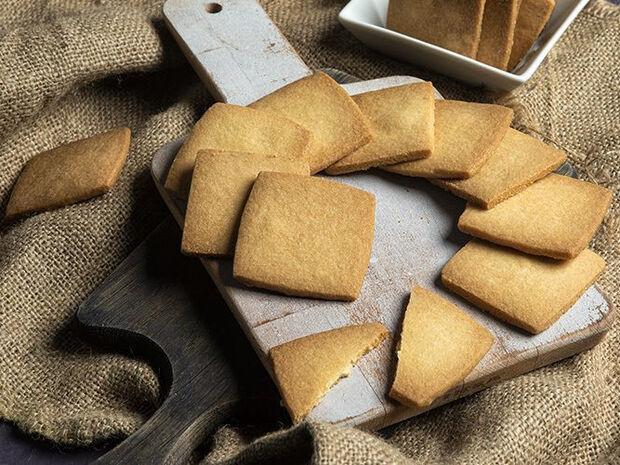 Συνταγή για μπισκότα βουτύρου από τον Άκη Πετρετζίκη