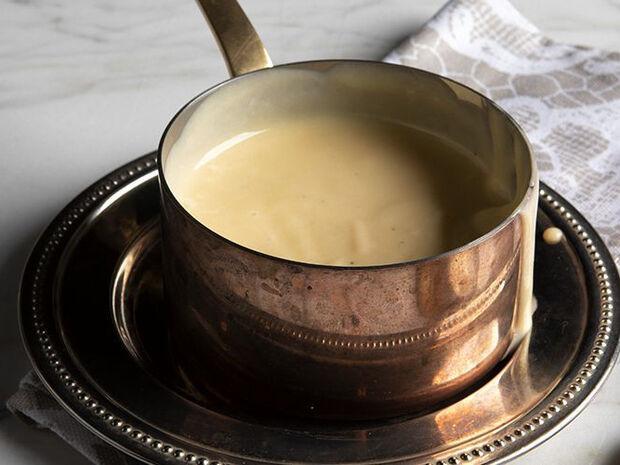 Συνταγή για κρέμα anglaise από τον Άκη Πετρετζίκη