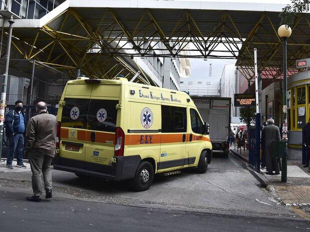 Θάνατος 15χρονου στο Μεταξουργείο: Βρέθηκε σκαμπό στο μπαλκόνι - Τι εξετάζουν οι Αρχές