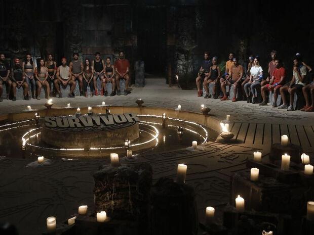 Survivor: Μπαίνει και προκαλεί πάταγο - Έλληνας παρουσιαστής φεύγει για Άγιο Δομίνικο (pics+vid)