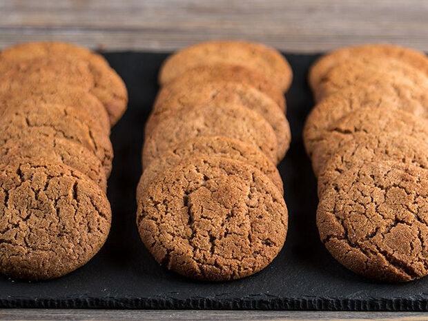 Συνταγή για μπισκότα κανέλας από τον Άκη Πετρετζίκη