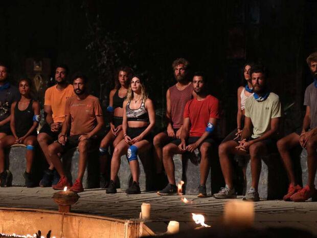Survivor: Νέος «εμφύλιος» στους «Μπλε» - Βολές Καλλίδη σε Τζέιμς και παρεάκι (photos+video)