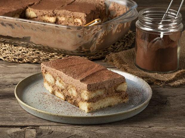 Συνταγή για τιραμισού σοκολάτας από τον Άκη Πετρετζίκη