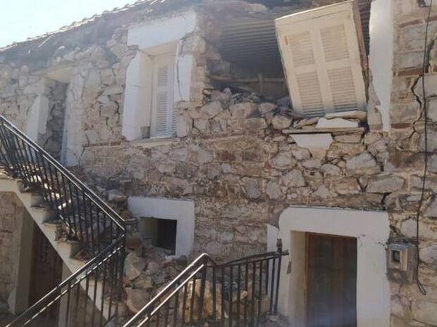 Σεισμός: Βυθίστηκε 30 με 40 εκατοστά η γη σε Τύρναβο και Ελασσόνα