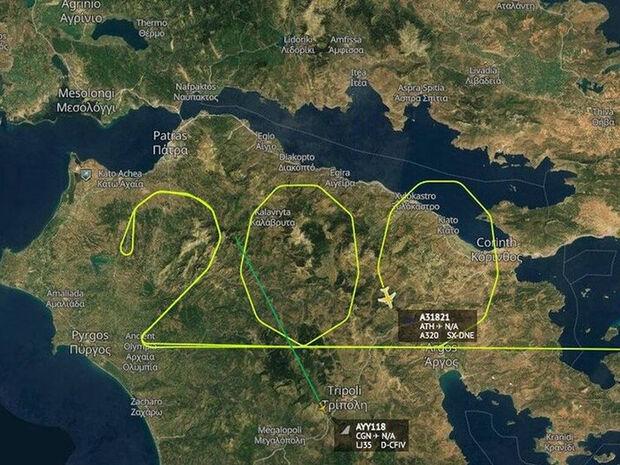 200 χρόνια από την Επανάσταση του 1821: Αεροπλάνο σχημάτισε τον αριθμό 200 πάνω από την Πελοπόννησο