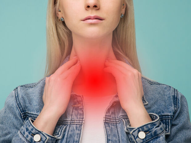 Φαρυγγίτιδα: 5 συμπτώματα σε εικόνες