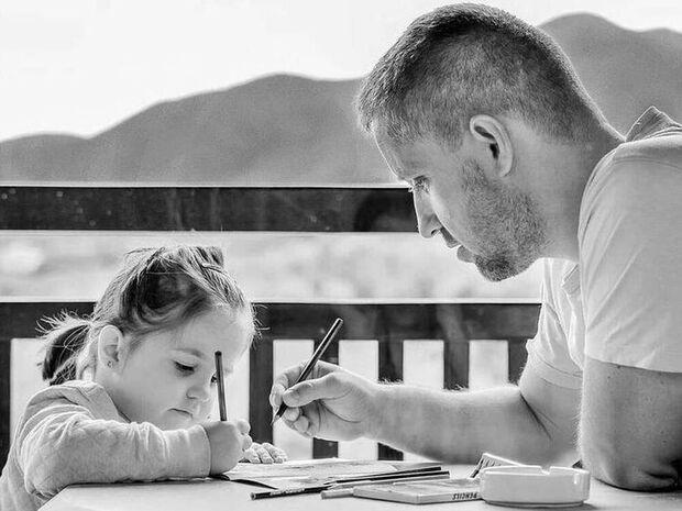 Συνεπιμέλεια – Ενεργοί μπαμπάδες: Ένα τραγούδι για τα παιδιά μας