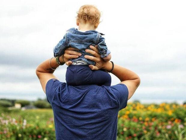 Συνεπιμέλεια - Ενεργοί Μπαμπάδες: «Πραγματική ισότητα γονέων και συμμετοχική ισόχρονη ανατροφή»