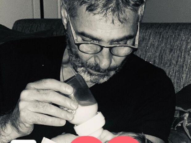 Θοδωρής Αθερίδης:Ένας χαρούμενος παππούς-Δείτε το βίντεο με τον εγγονό του