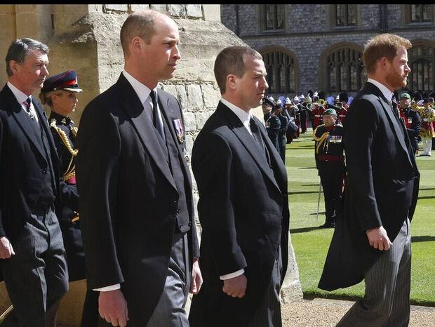 Κηδεία πρίγκιπα Φίλιππου: Ο Ουίλιαμ ζήτησε τον «πάγο» με τον Χάρι