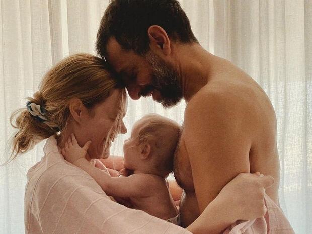 Χρανιώτης - Αβασκαντήρα: Αποκαλύπτουν πώς βιώνουν τον κορονοϊό με το μωρό τους