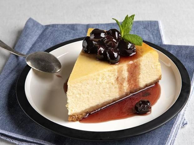 Συνταγή για Αμερικάνικο cheesecake  από τον Άκη Πετρετζίκη
