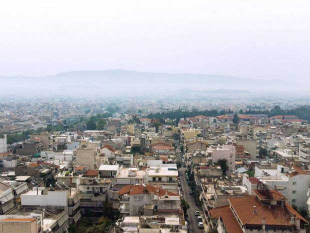 Καιρός τώρα: Με σκόνη και ζέστη η Δευτέρα του Πάσχα - Πού θα ρίξει λασποβροχή (pics)