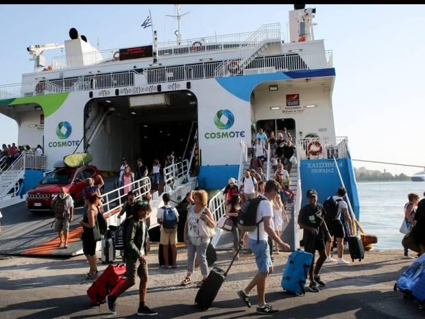 Χαλάρωση Lockdown: Έτσι θα ταξιδεύουμε από 14/5 σε νησιά και ηπειρωτική χώρα – Όλες οι λεπτομέρειες