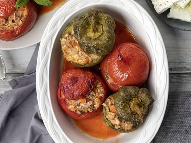 Συνταγή για γεμιστά με τόνο από τον Άκη Πετρετζίκη