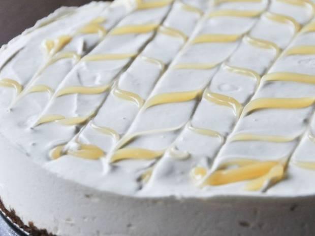 Συνταγή για cheesecake λεμόνι από τον Άκη Πετρετζίκη