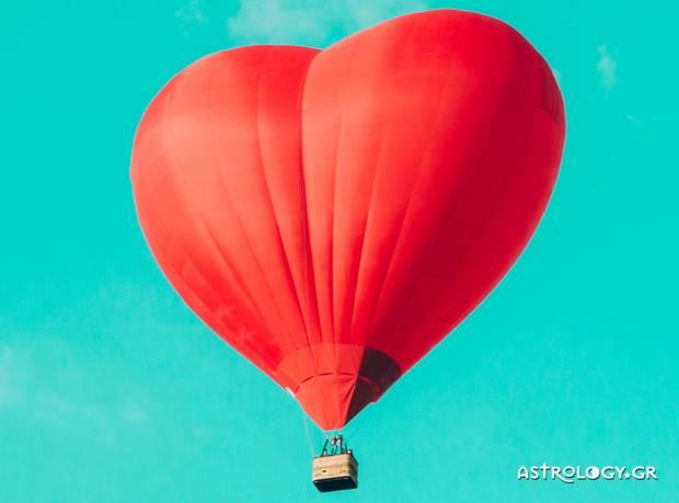 Εβδομαδιαίες Αισθηματικές προβλέψεις 12/07 έως 18/07: Το ερωτικό παιχνίδι να ανάβει για τα καλά
