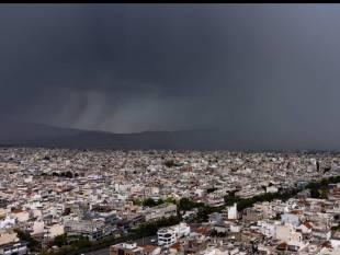 Ρεπορτάζ Newsbomb.gr: O καιρός «τρελάθηκε» ή είναι φυσιολογικό να ρίχνει χαλάζι τον Ιούνιο;