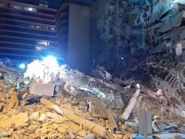 Συναγερμός στο Μαϊάμι: Κατέρρευσε πολυώροφο κτήριο - Φόβοι για νεκρούς
