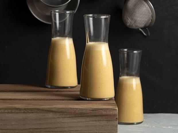 Συνταγή για Vegan protein shake από τον Άκη Πετρετζίκη