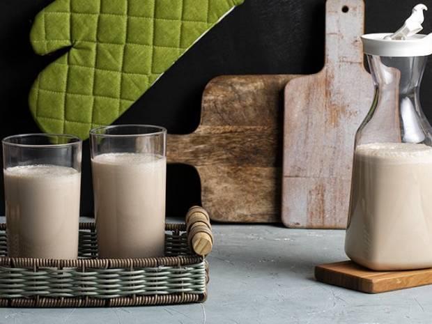 Συνταγή για boost protein shake από τον Άκη Πετρετζίκη