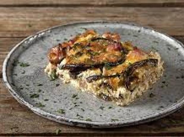 Συνταγή για σουφλέ μελιτζάνας από τον Άκη Πετρετζίκη