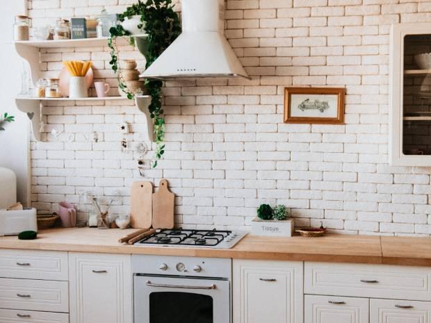 Έξυπνες λύσεις να οργανώσετε την κουζίνα σας εύκολα και οικονομικά