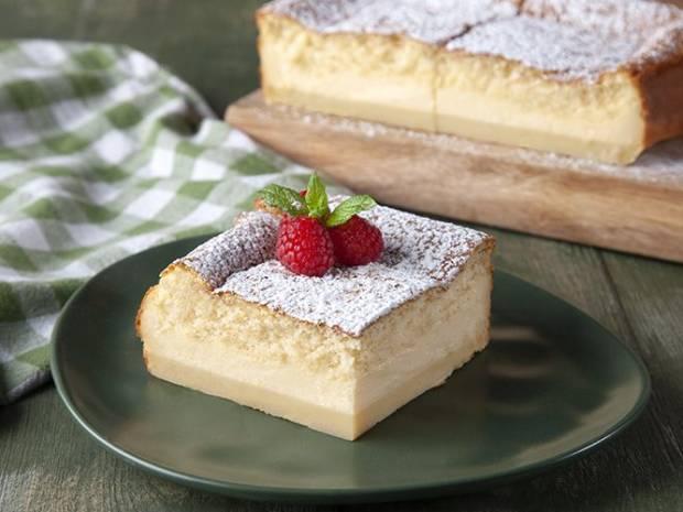 Συνταγή για magic cake από τον Άκη Πετρετζίκη