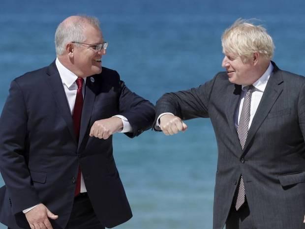 ΑUKUS: Πώς υπεγράφη η συμφωνία που άλλαξε τις γεωπολιτικές ισορροπίες - Το ραντεβού στην Κορνουάλη