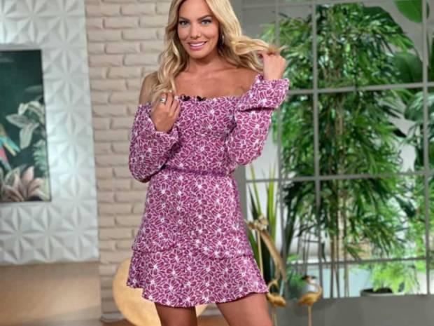 Prints love! Η Ιωάννα Μαλέσκου με το ωραιότερο off shoulder φόρεμα της εβδομάδας (photos)